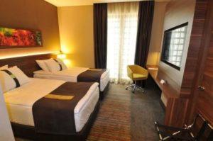 Отели Кадыкёй holiday inn Istanbul kadikoy