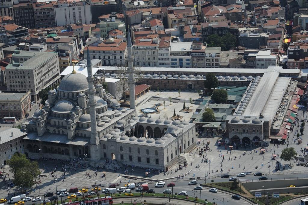 Египетский базар и Новая мечеть