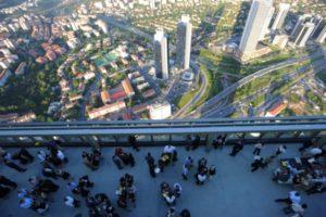 Небоскреб Сапфир в Стамбуле