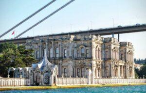 Дворец Бейлербей (Beylerbeyi Saray)