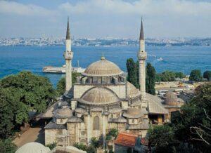 Мечеть Михримах Султан в Ускюдар (Mihrimah Sultan Cami)
