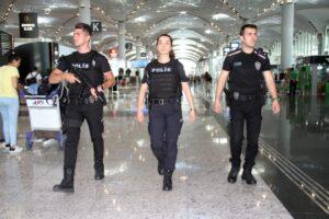 Контроль в Новом аэропорту Стамбула