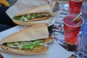 Балык экмек в Стамбуле Balık Ekmek