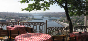 в Стамбул на майские праздники