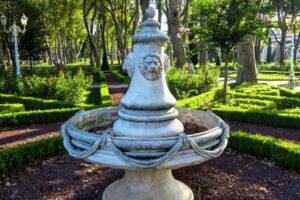 Парк Гюльхане дворец Топкапы Стамбул