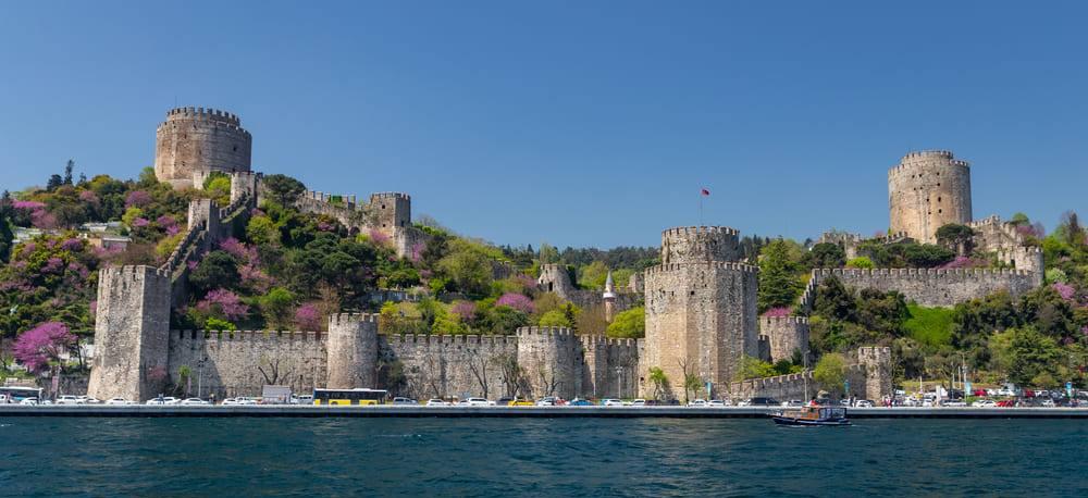 Крепость Румели Хисары в Стамбуле