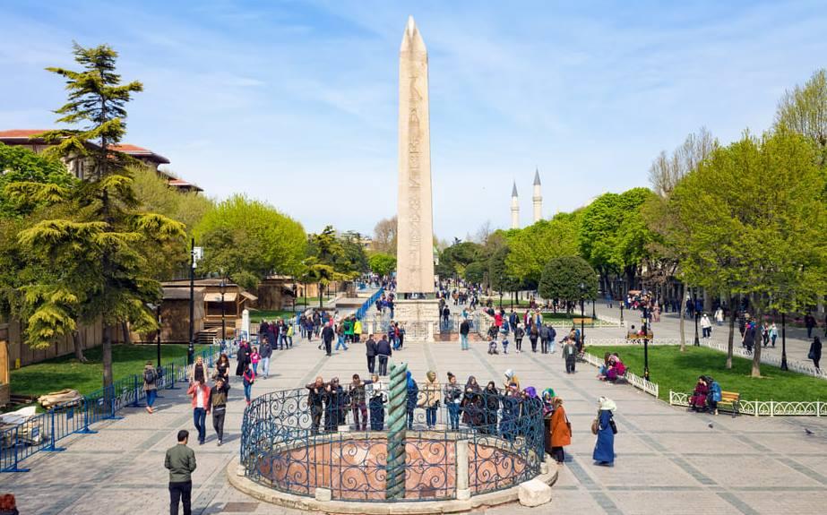 Площадь Султанахмет Ипподром Стамбул