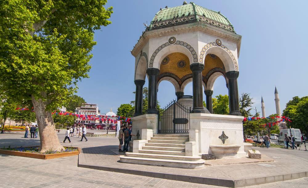 Площадь Ипподром Султанахмет Стамбул