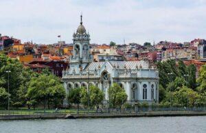 Железная церковь в Стамбуле